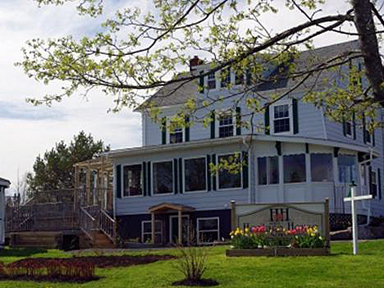 Baddeck Heritage House Bed & Breakfast
