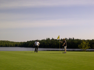 Golfing while touring with Open Top Tours